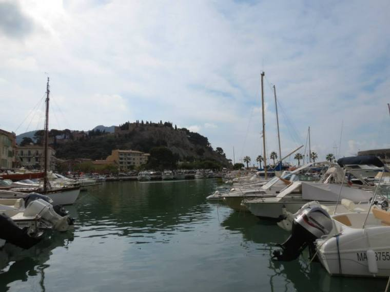 Cassis boatyard